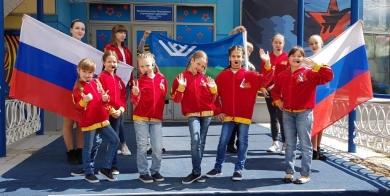 Прошло праздничное народное гуляние  «Славься, Россия!» в Югорске-2